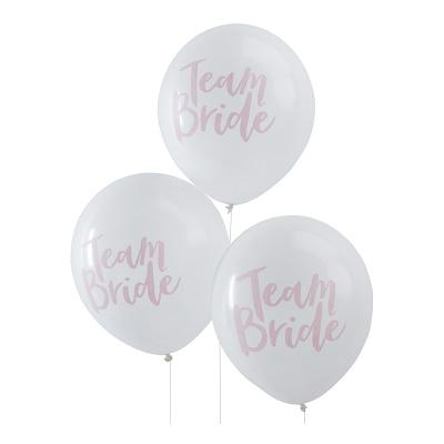 Bride ballonger möhippa dekoration